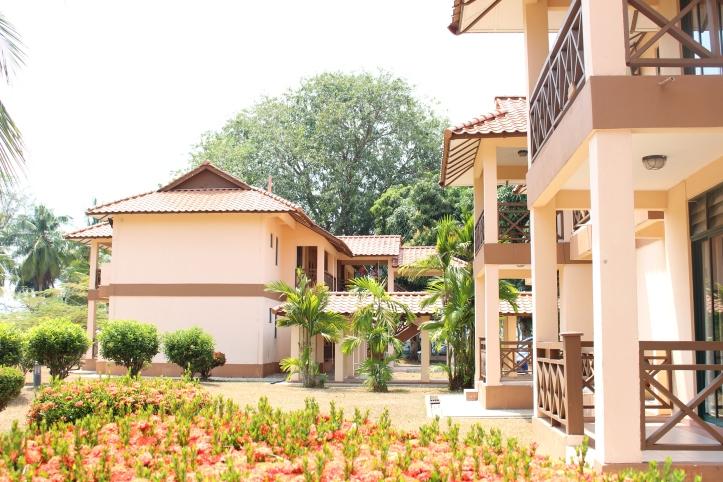Tempat penginapan kami.. 2 rooms Apartment, so kami sharing dengan family Epul Jaguh & Wardah Aina & the kids..