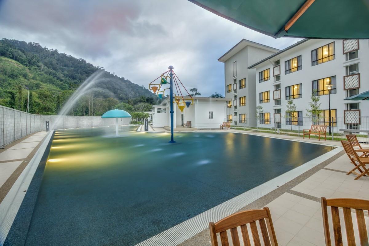 Kolam Air Panas Menarik Di Suria Hotspring Resort Bentong