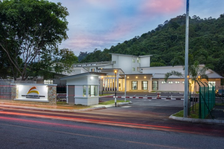 026-SuriaHotspringResort-Bentong-FULL-Front-View