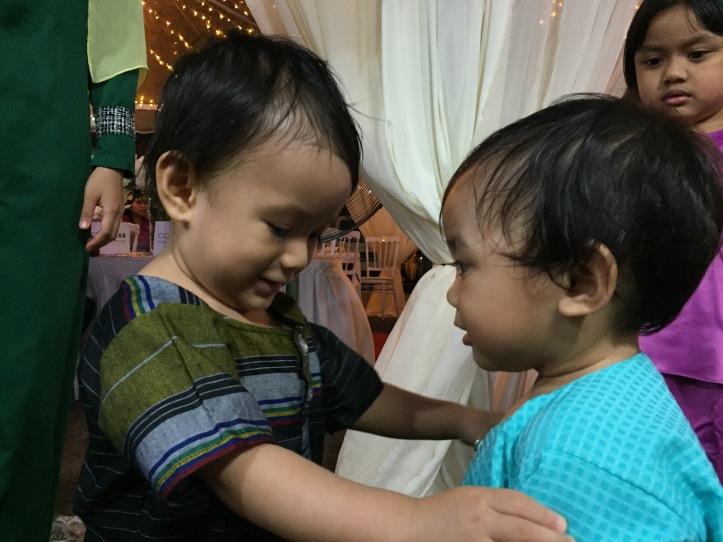 Khalif dan kawan